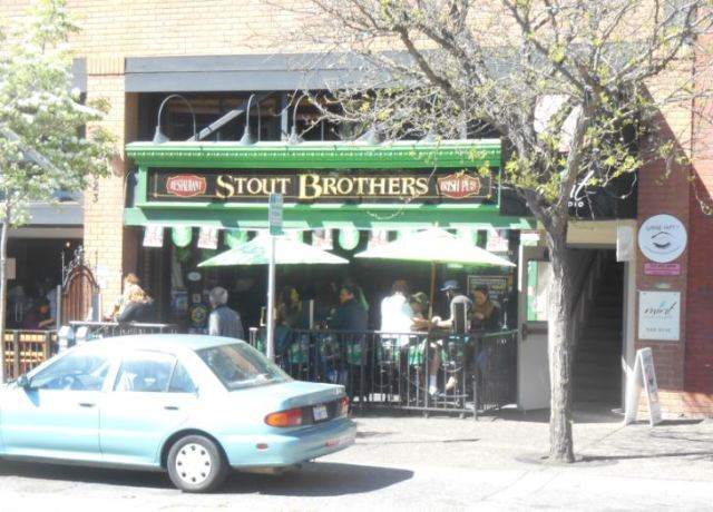 Santa Rosa Pub